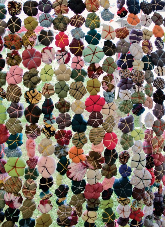 The Hills Hoist flower cushion screen